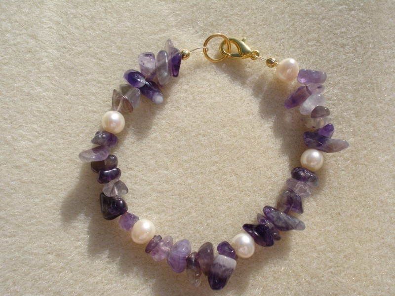 Amethyst Bracelet with Pearls